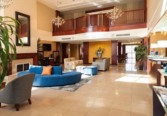 Fairfield Inn & Suites Somerset: Lobby