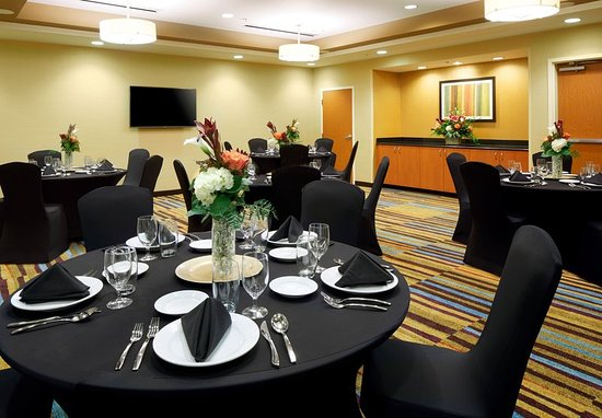 Cumberland, MD: Concord Meeting Room - Banquet Setup