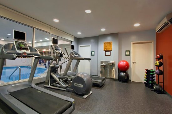 Hilton Garden Inn St. Charles: Fitness Center