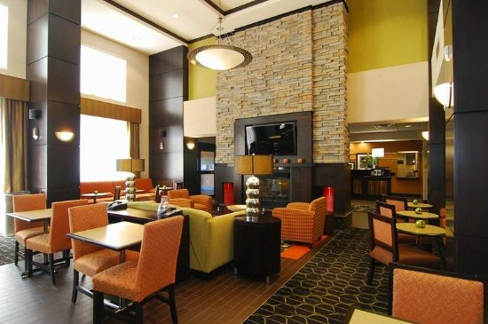 Catoosa, OK: Lobby Area