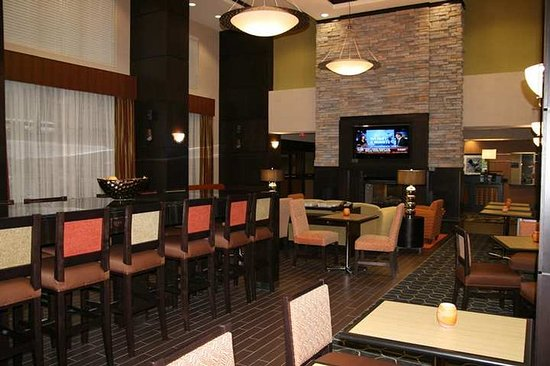 Hampton Inn & Suites Tulsa / Catoosa: Dining Area