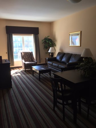 Resort at Governor's Crossing: living room