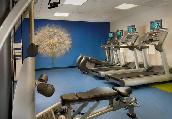 SpringHill Suites Alexandria: Fitness Center