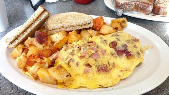 Linden, NJ: 3 meat omelet