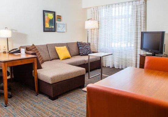 Westlake Village, Californië: Studio Suite – Living Area