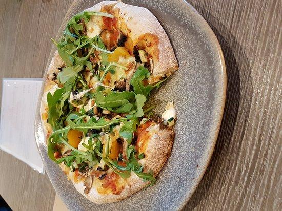Glen Waverley, أستراليا: I love the vegetarian pizza at Airstream!