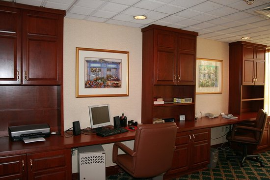 Westampton, NJ: Business Center