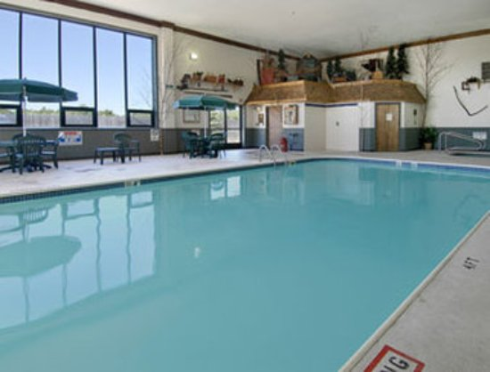 Houghton Lake, MI: Pool