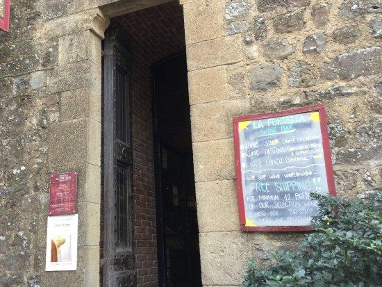 Montalcino, Italia: 入り口の様子