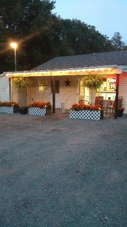 Lake Ariel, Pensilvania: Resturant front..aldentes pizzeria