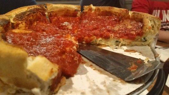 Bloomington, IL: Small spinach pizza