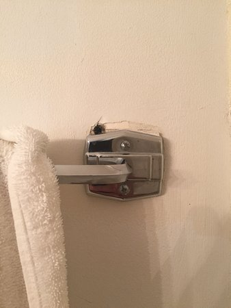 Groton Inn and Suites: Bad maintenance is obvious