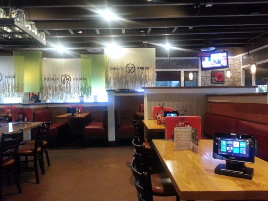 Chili's Grill & Bar: dining area
