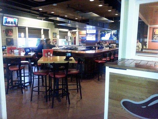 Chili's Grill & Bar: bar at Chili's