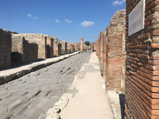 Castelfranco di Sopra, Italy: day tour in Pompei