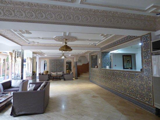 Hotel Fes Inn - Sodetel: Front Desk/Foyer