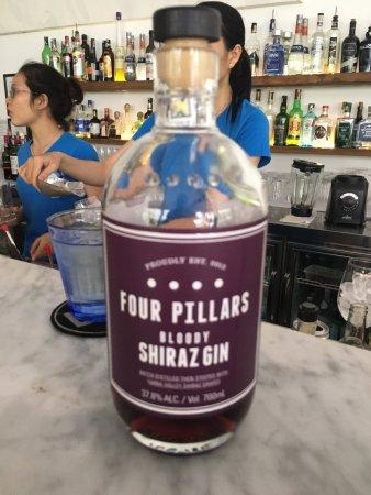 Lubu Restaurant: Shiraz-infused gin.. I know!