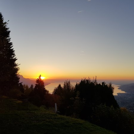 Caux, Szwajcaria: IMG_20171012_193904_240_large.jpg