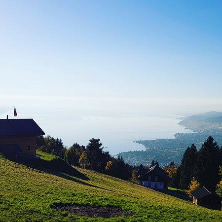 Caux, Szwajcaria: IMG_20171012_175721_750_large.jpg