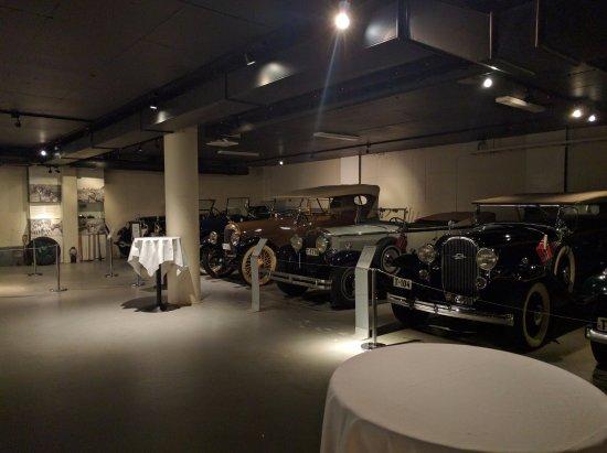 Hotel Union Geiranger: Vintage car museum