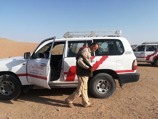 Marrakech-Tensift-El Haouz Region, Maroko: Le top des chauffeur gentil plein d'humour .Départ en 4x4 du club Marmara Madina