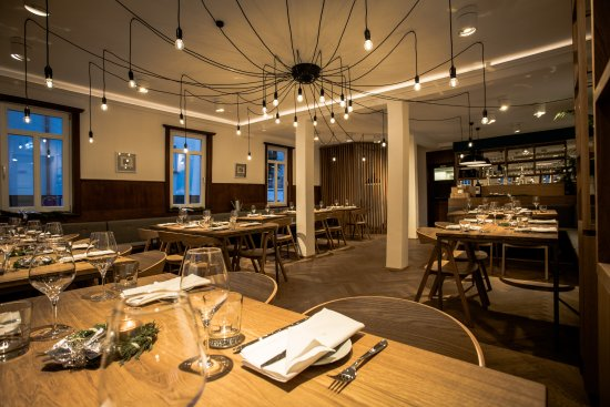 restaurant ochsen stuttgart restaurant bewertungen telefonnummer fotos tripadvisor. Black Bedroom Furniture Sets. Home Design Ideas