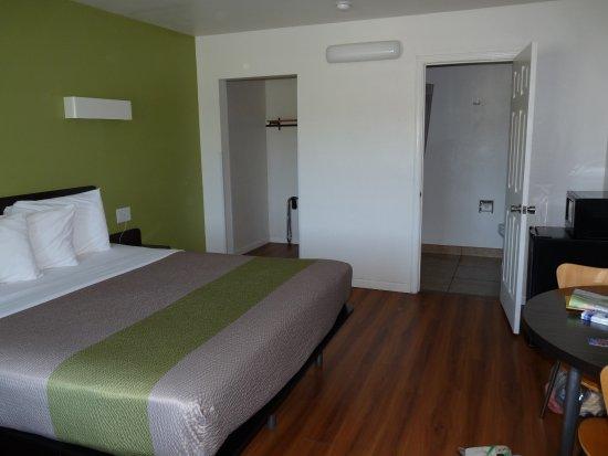 Motel 6 Visalia Foto