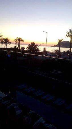 Grand Bayar Beach Hotel Photo