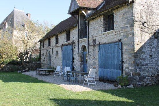 Saint-Loup-de-Naud, Francja: Les chambres d'hôtes de la Ferme de la Haute Maison