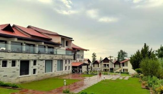 Koti Resort: images (5)_large.jpg