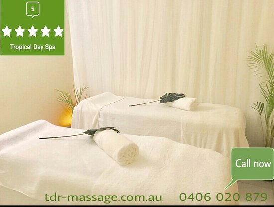 Palm Cove, Australie : Couple massage avalable at Tropical day spa.