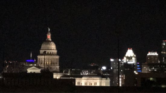 Hampton Inn & Suites Austin at The University/Capitol: photo8.jpg