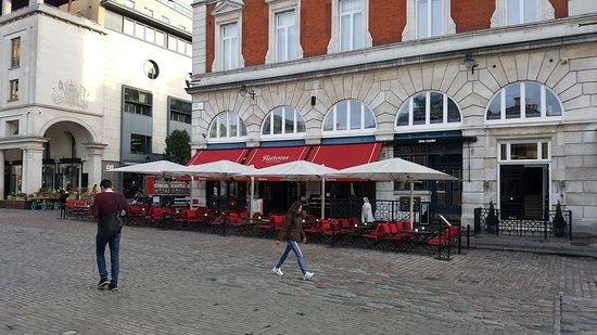 Foto de Tuttons Brasserie