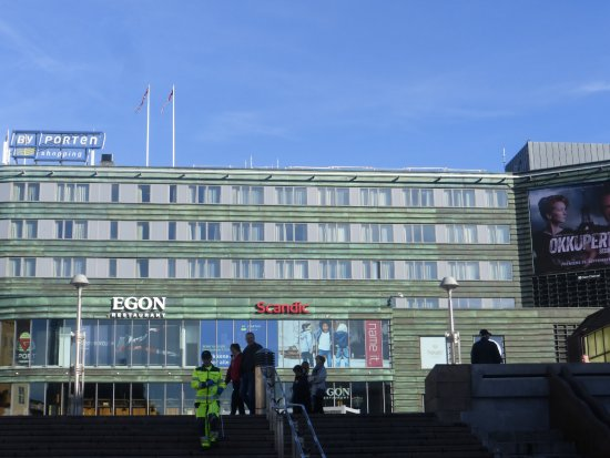 Scandic Byporten: Hotel from the square