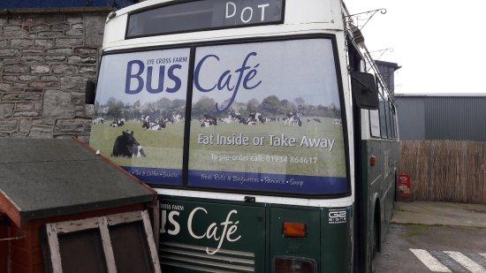 Lye Cross Farm Bus Cafe: The Lye Farm Bus Cafe