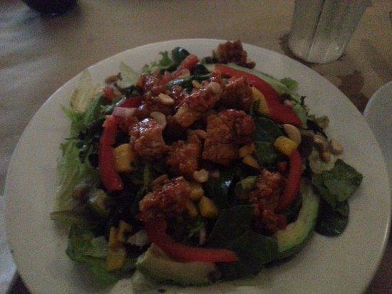 Hanover, Canada: Big Kahuna salad.