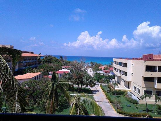 Sol Sirenas Coral Resort: 20170921_195047_large.jpg