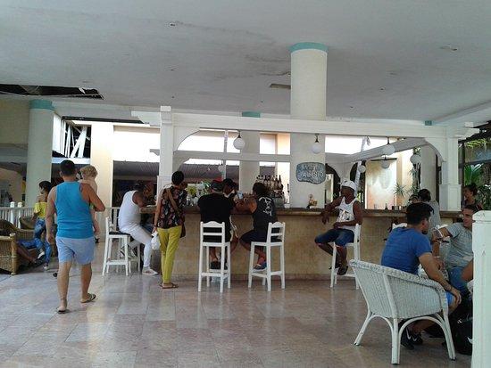 Sol Sirenas Coral Resort: 20170922_215230_large.jpg