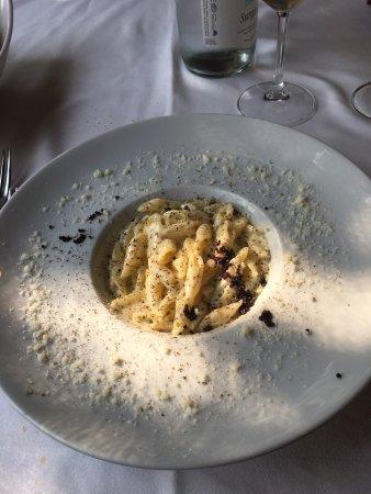 Pregnana Milanese, อิตาลี: Pennette cacio e pepe