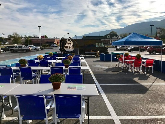 Bluefield Lowe's Pro Appreciation Event