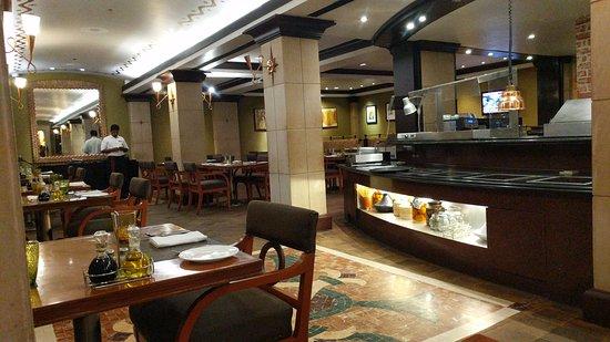 Cappuccino: The restaurant