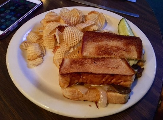 Decatur, IN: Double Eagle Grilled Cheese