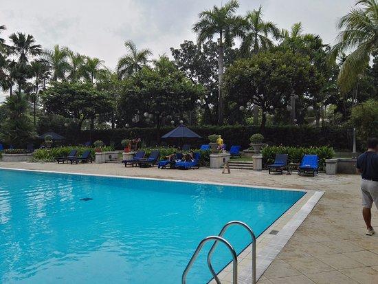 The Peninsula Manila Photo