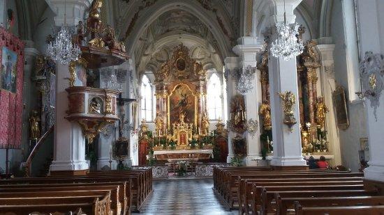 Absam, Austria: Basilika St. Michael von innen