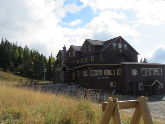 Whitefish, MT: Midway lodge, and the trail starts nearby
