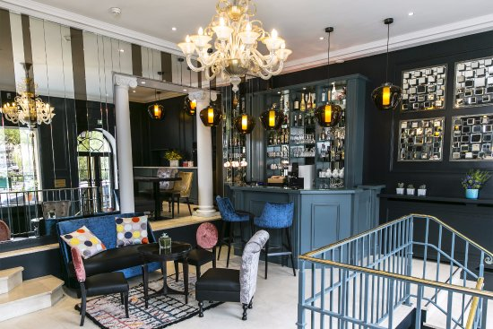 Best Western Plus Hotel De Neuville Arc De Triomphe
