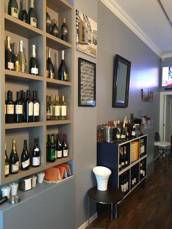 Etterbeek, Belgia: Vin sur Wijn