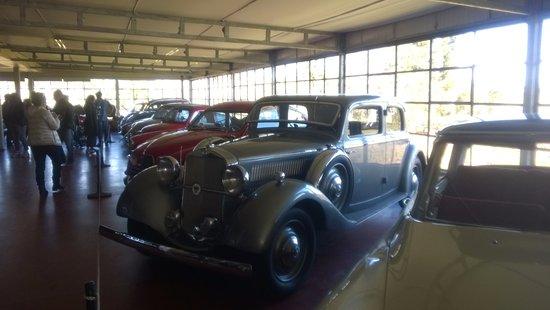 Bodega Bouza: El Museo de autos clásicos y otras maravillas antiguas