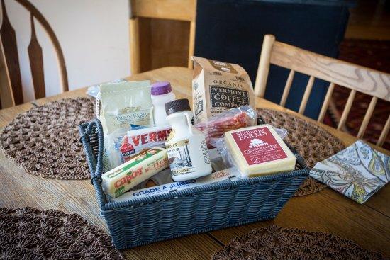 Charlotte, VT: complimentary breakfast basket
