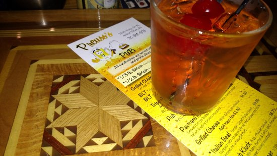 Preuss's Pub - Arbor Vitae - Woodruff - Minocqua - Hwy 51 - Brandy Old Fashioned - Wisconsin Cla